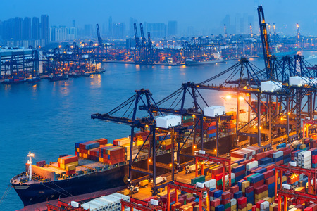 Economics and law of international trade